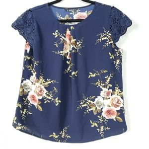 SHEIN Floral Top Size Small